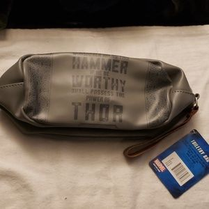 Marvel Avengers Toiletry Cosmetic Bag NWT